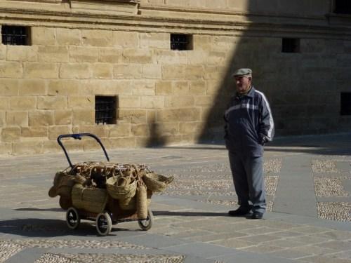 Foto El vendedor de esparto - Úbeda - Jaén – España. Foto por martin_javier